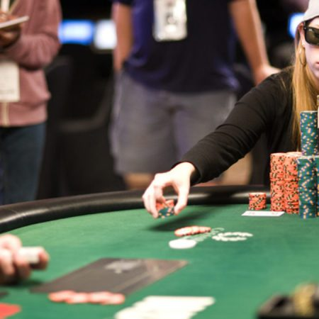 The Best Female Poker Players – Past and Today